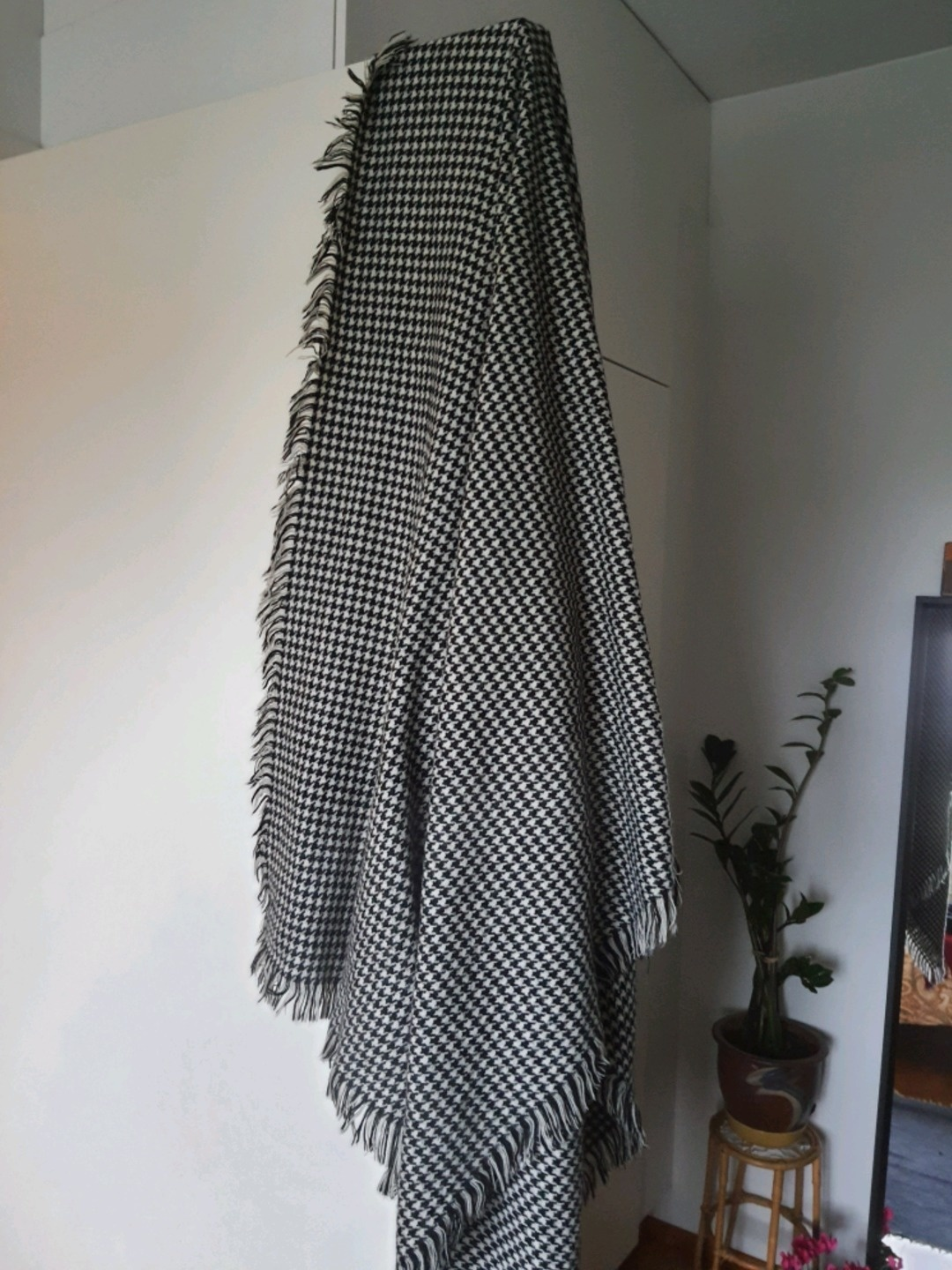 Women's scarves & shawls - ONLY photo 2