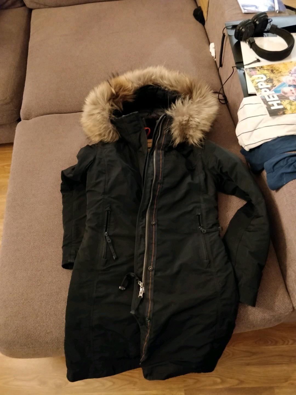 Damers frakker og jakker - PARAJUMPERS photo 3