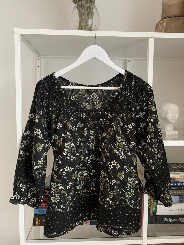 Naiset puserot & paidat - VERO MODA photo 1