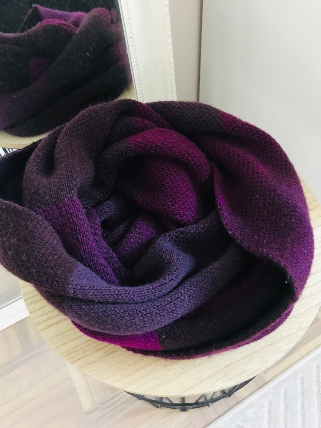 Women's scarves & shawls - GINA TRICOT photo 3