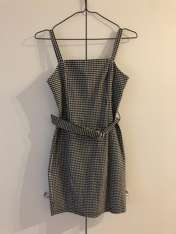 Women's dresses - NEW YORKER photo 1