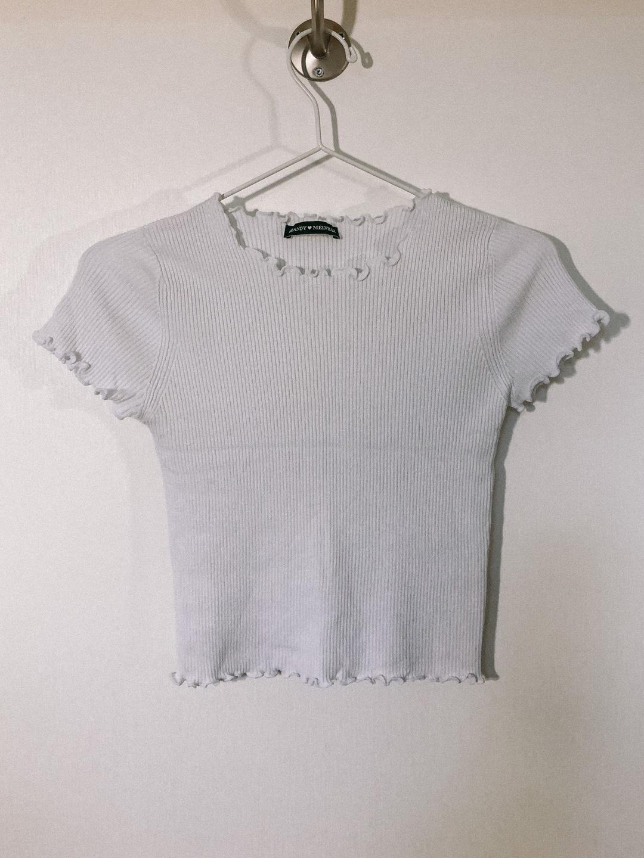Damen tops & t-shirts - BRANDY MELVILLE photo 1