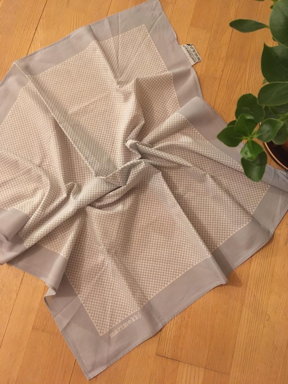 Damers tørklæder og sjaler - MARIMEKKO photo 1