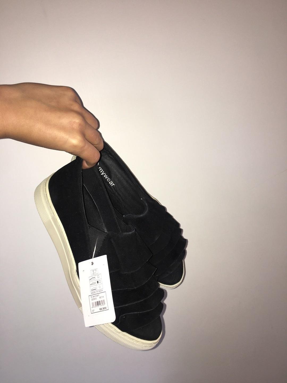 Damers flade sko & loafers - MYWEAR WOMAN photo 1