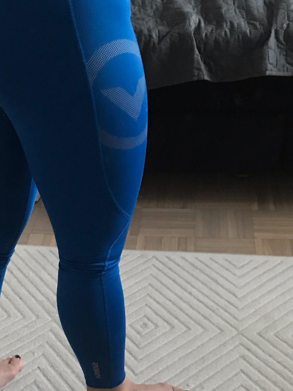 Damen sportkleidung - VIRUS photo 4