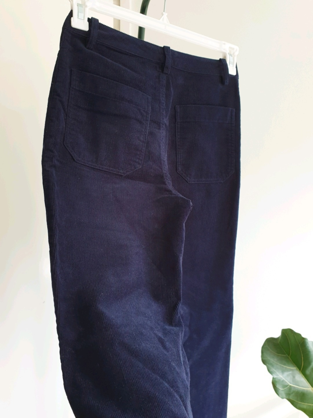 Women's trousers & jeans - INDISKA photo 3