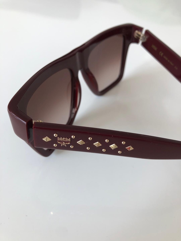 Women's sunglasses - MCM photo 3