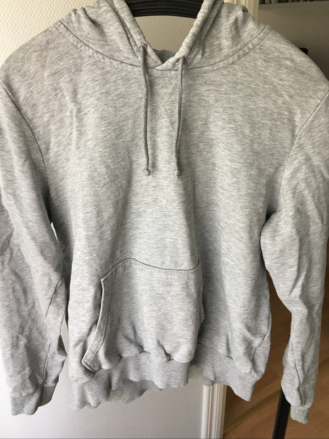 Women's hoodies & sweatshirts - H&M photo 1