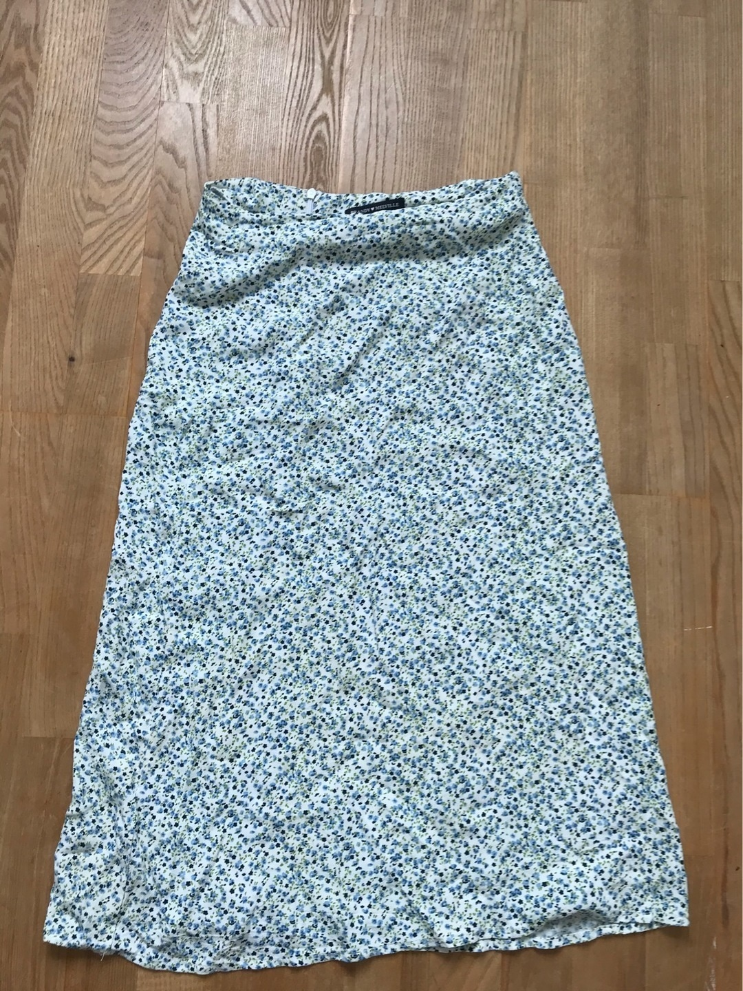 Women's skirts - BRANDY MELVILLE photo 1