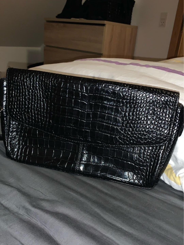 Damers tasker og punge - BIRK IKAST photo 1