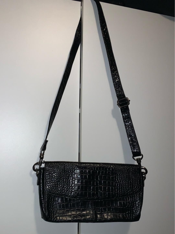 Damers tasker og punge - BIRK IKAST photo 4