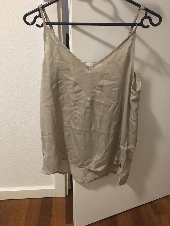 Damen tops & t-shirts - NEO NOIR photo 1