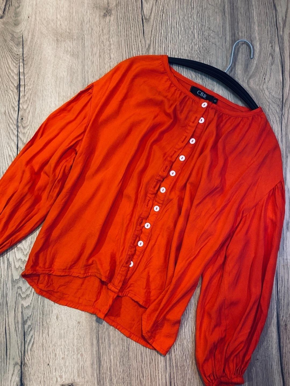 Women's blouses & shirts - CBR photo 1