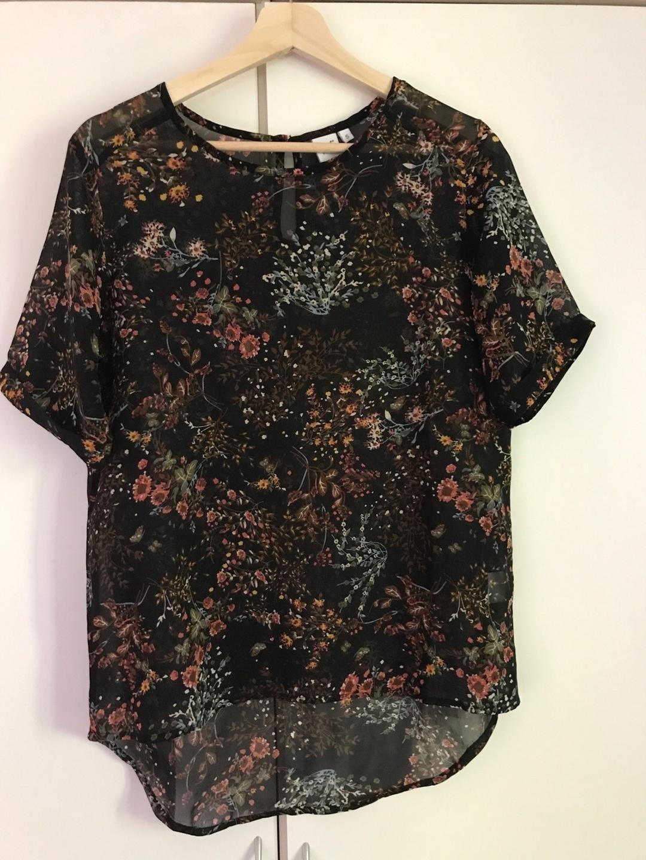 Damen tops & t-shirts - POLA photo 1