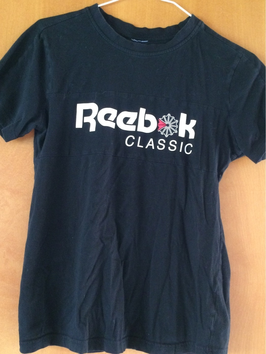 Women's tops & t-shirts - REEBOK photo 1