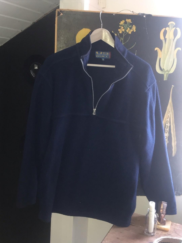 Damers hættetrøjer og sweatshirts - SPORT photo 1