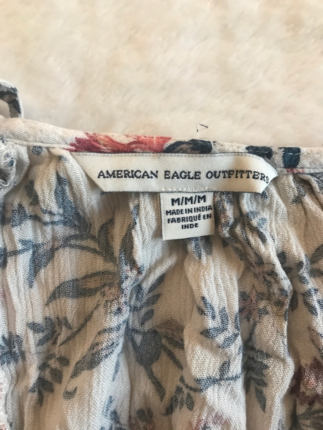 Women's tops & t-shirts - AMERICAN EAGLE OUTFITTERS photo 4