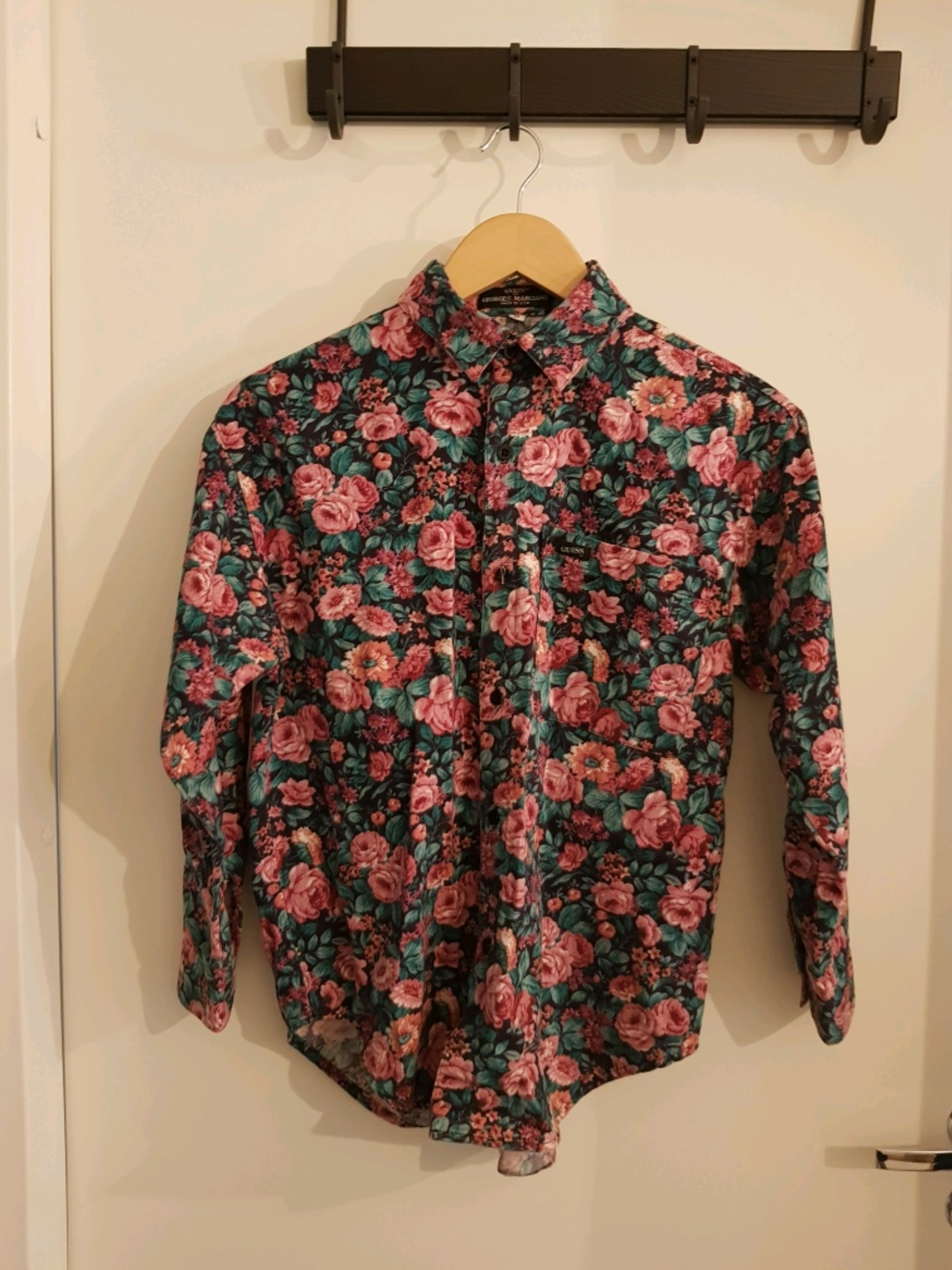 Women's blouses & shirts - GUESS photo 1