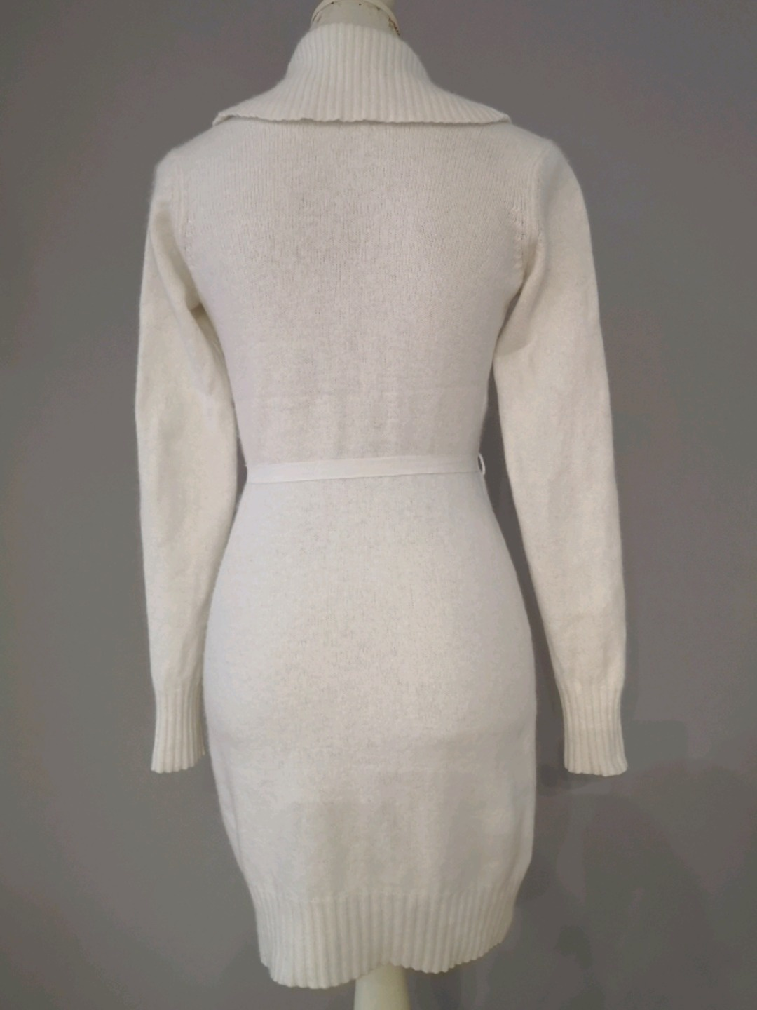 Women's dresses - SISLEY photo 2
