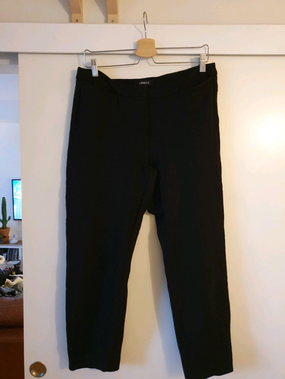 Women's trousers & jeans - LINDEX photo 1