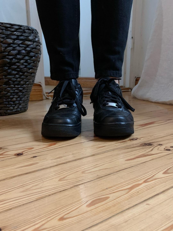 Women's sneakers - NIKE photo 4