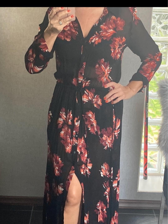 Women's dresses - INWEAR photo 2