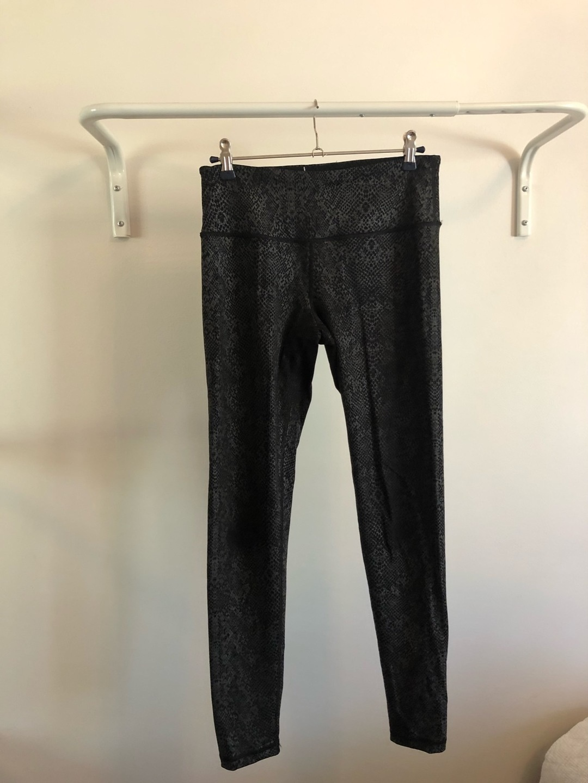 Women's sportswear - VICTORIA'S SECRET photo 1