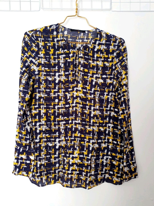Damen blusen & t-shirts - CAROLINA HERRERA photo 1