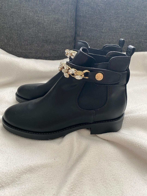 Women's boots - GUESS photo 1