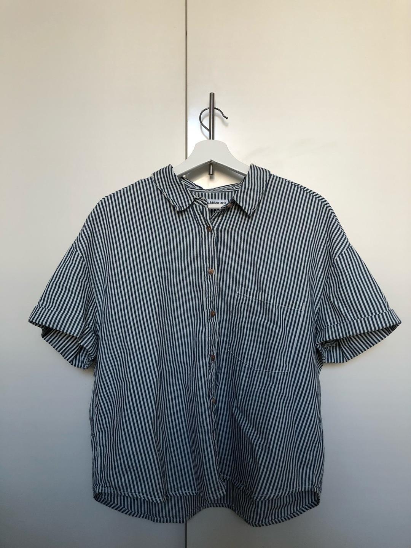 Women's blouses & shirts - PULL&BEAR photo 1