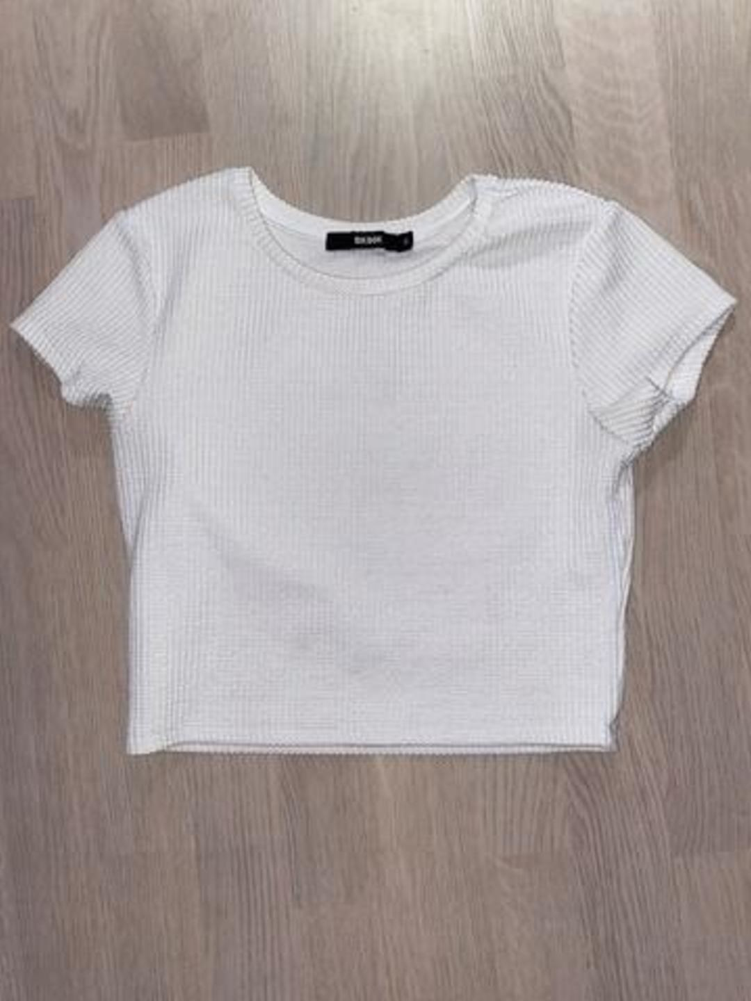 Women's tops & t-shirts - BIK BOK photo 1