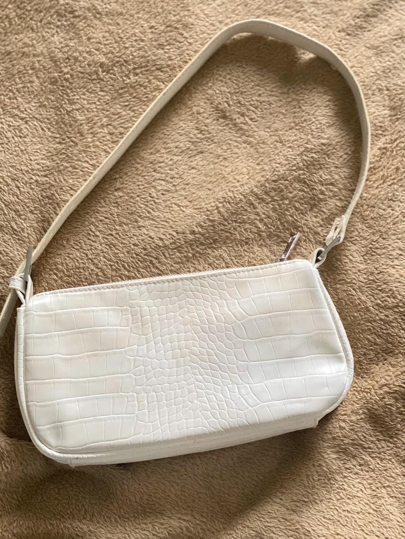 Damers tasker og punge - BIK BOK photo 1