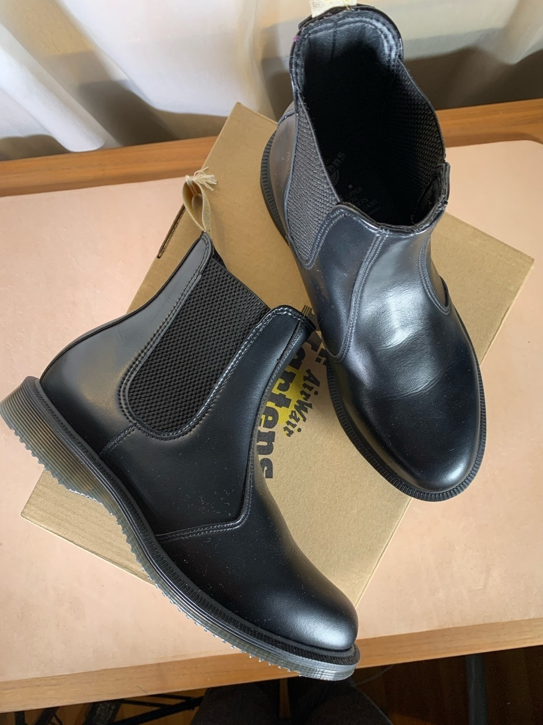 Women's boots - DR. MARTENS photo 1