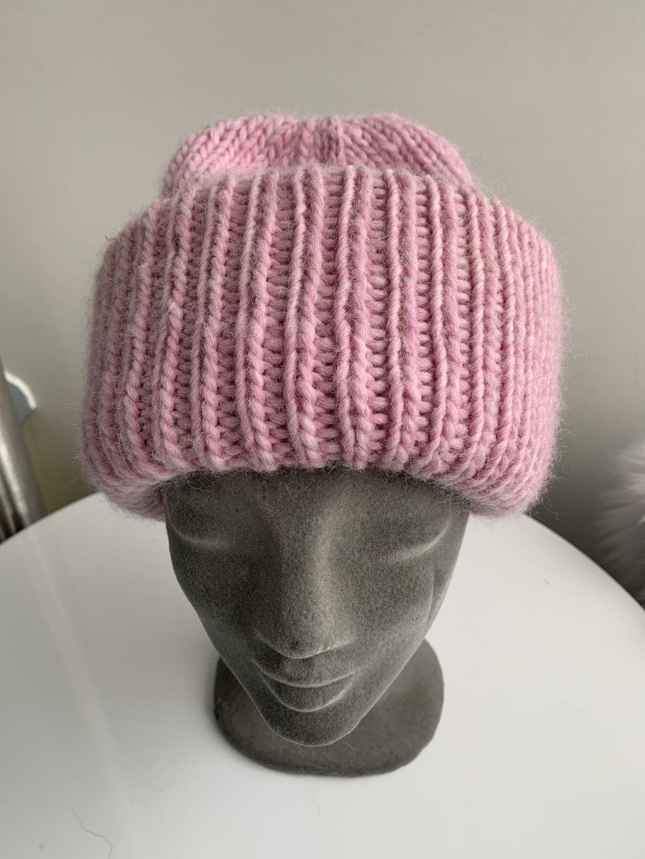 Women's hats & caps - HANDMADE photo 1