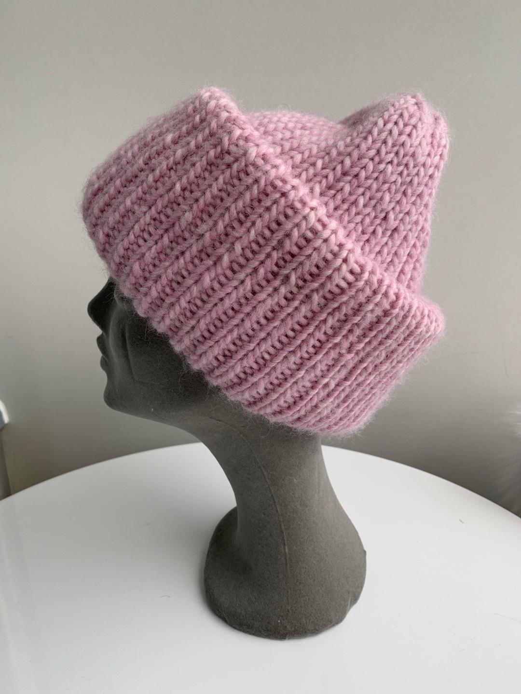 Women's hats & caps - HANDMADE photo 3