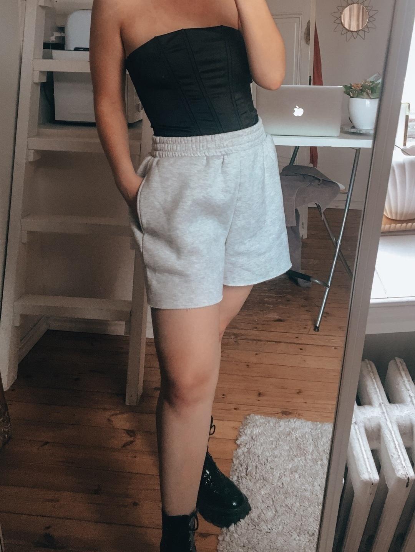 Damen shorts - BIK BOK photo 1