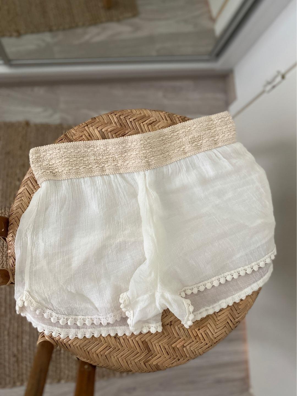 Women's shorts - - photo 1