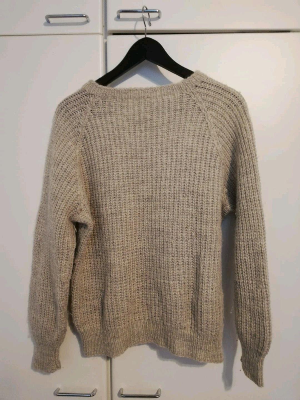Women's hoodies & sweatshirts - THRIFTED photo 2