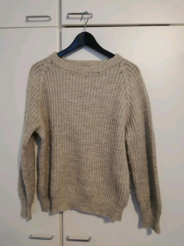 Women's hoodies & sweatshirts - THRIFTED photo 1
