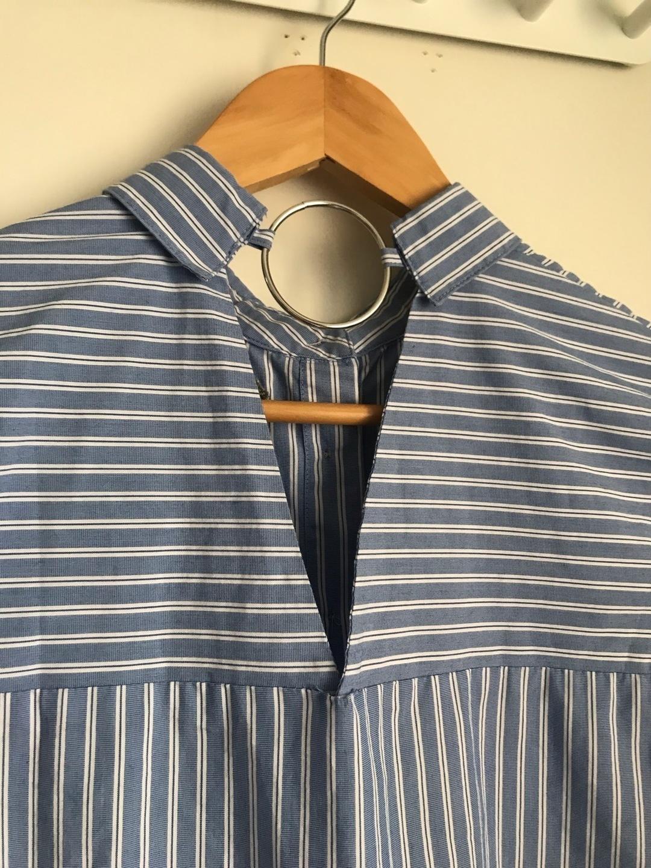 Women's blouses & shirts - STRADIVARIUS photo 2