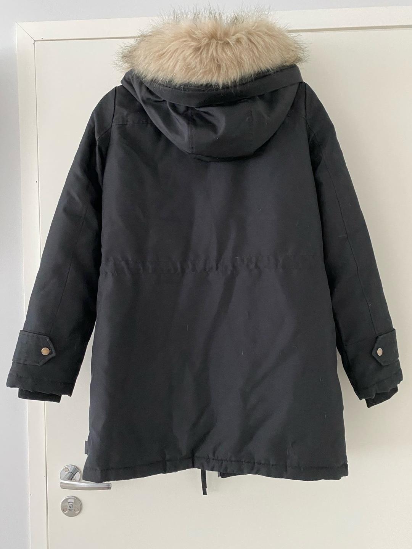 Naiset takit & jakut - VERO MODA photo 2