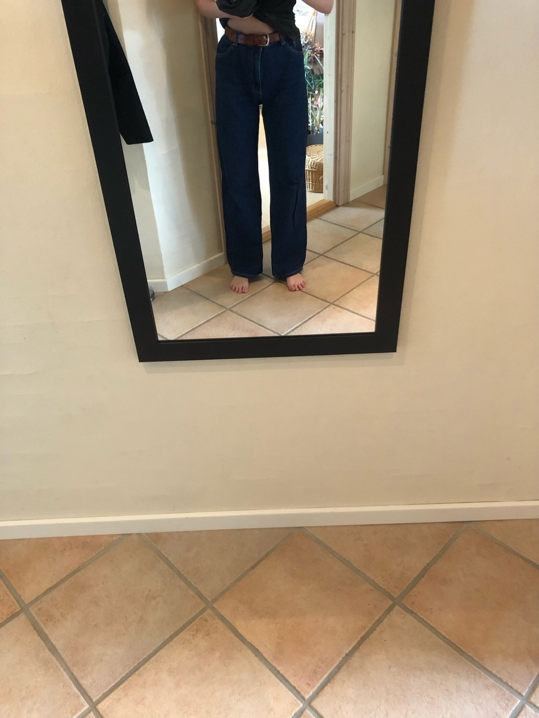 Women's trousers & jeans - MONKI photo 1