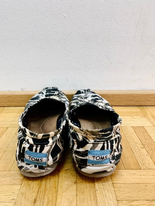 Naiset kävelykengät & mokkasiinit - TOMS photo 2