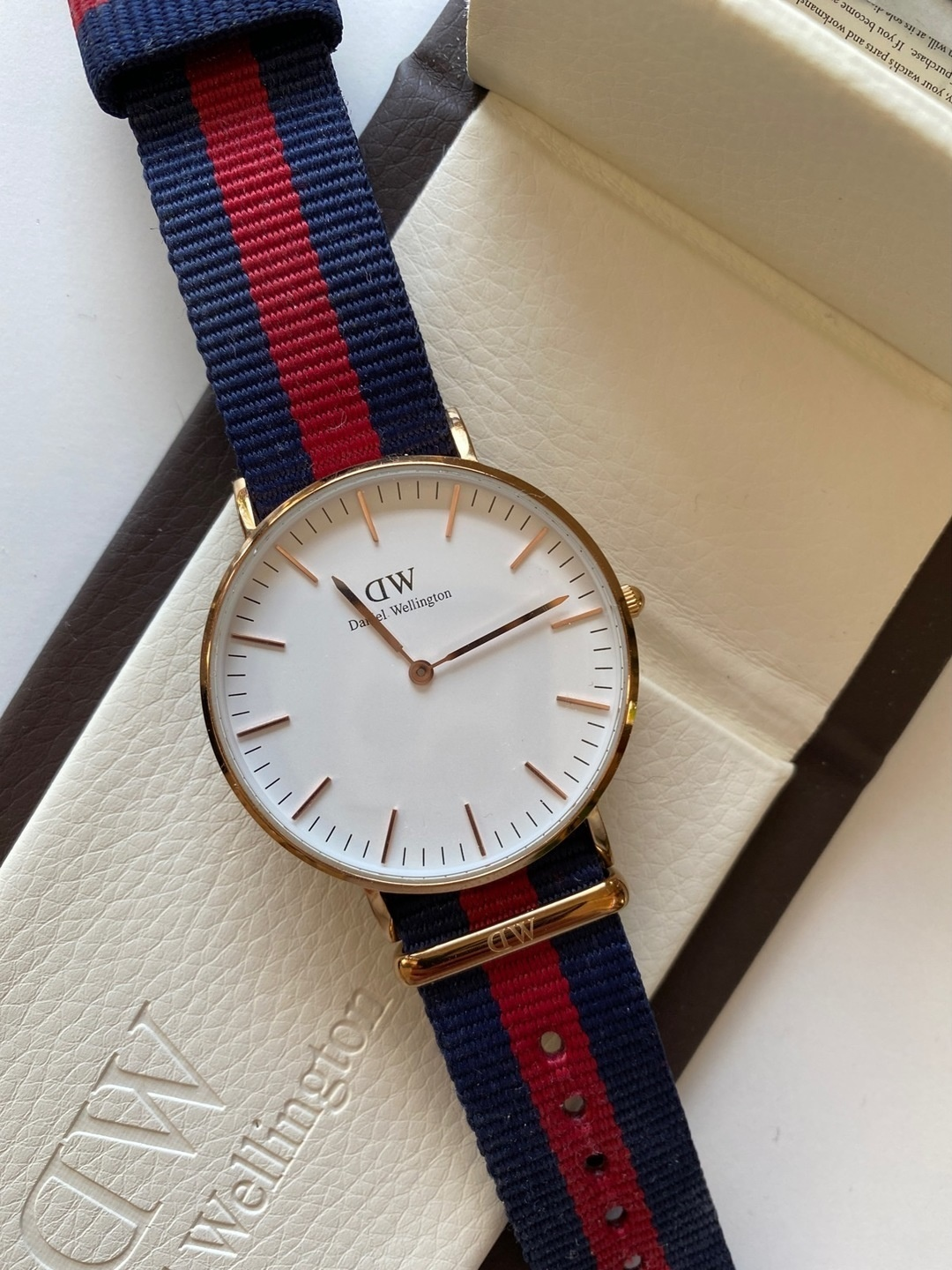 Women's watches - DANIEL WELLINGTON photo 2