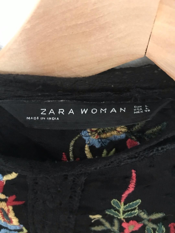 Naiset topit & t-paidat - ZARA photo 4