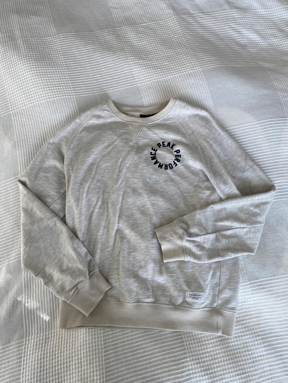 Women's blouses & shirts - PEAK PERFORMANCE photo 1