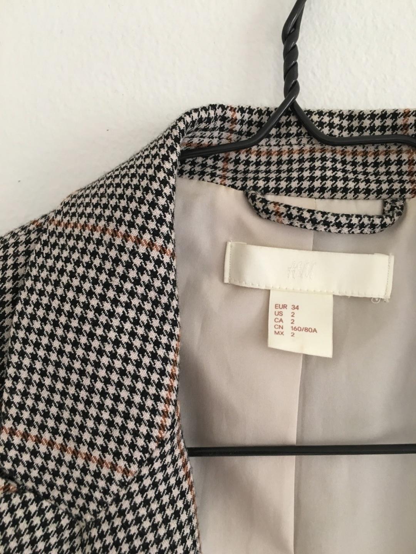 Naiset bleiserit & puvut - H&M photo 4