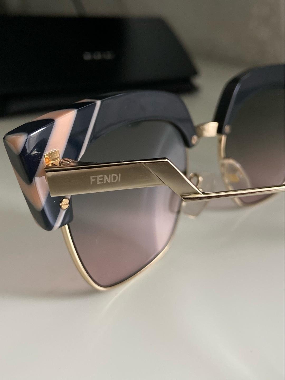 Damen sonnenbrillen - FENDI photo 4