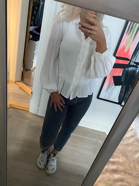 Women's blouses & shirts - MINIMUM photo 1