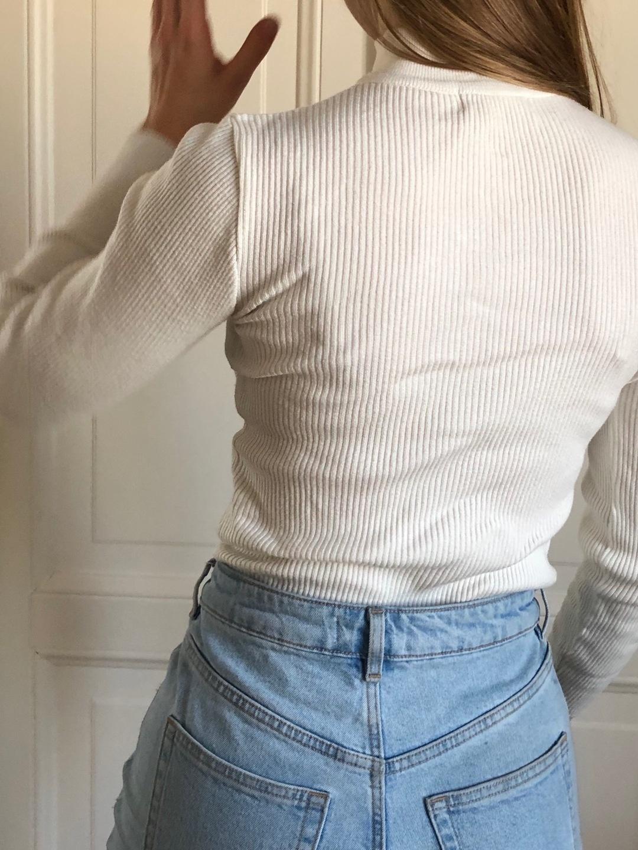 Naiset puserot & paidat - URBAN OUTFITTERS photo 3